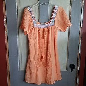 Flying Tomato Flowy Tunic Top